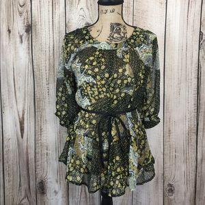 5/$18🔥SALE🔥 Antillia Femme Black Floral Blouse